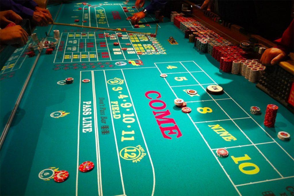 Lär dig spela roulette Duelz Entfernung